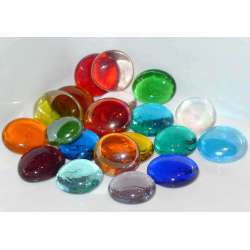 Billes plates multicolores transparentes