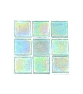 pâte de verre transparente irisée bleu clair